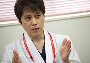 都城医師会病院の臨床研修について語る岩切医師